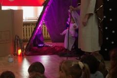 Świąteczne przedstawienie w przedszkolu Nefrytowy Zakątek w Piasecznie