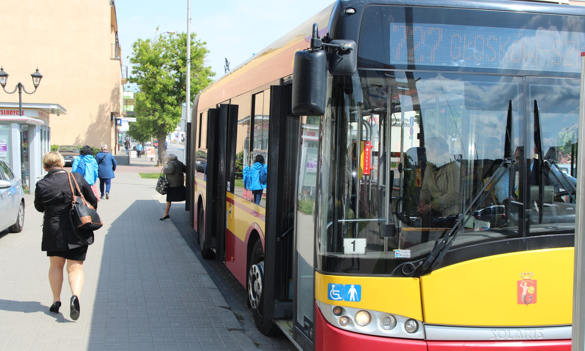 Gmina Piaseczno chce dofinansować bilety okresowe dla mieszkańców - Foto Łukasz Wyleziński/URZĄD MIASTA