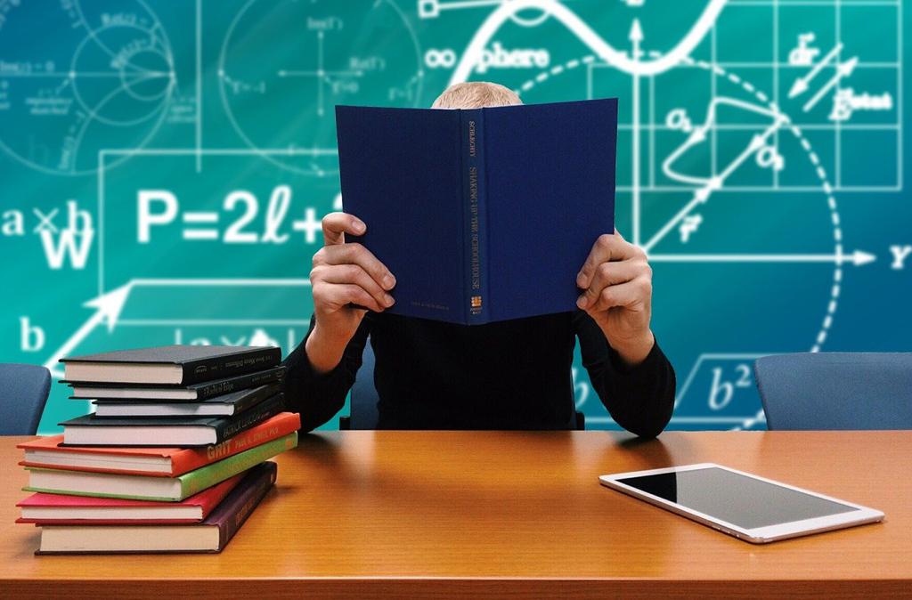 Nauka w szkole - foto: pixabay.com