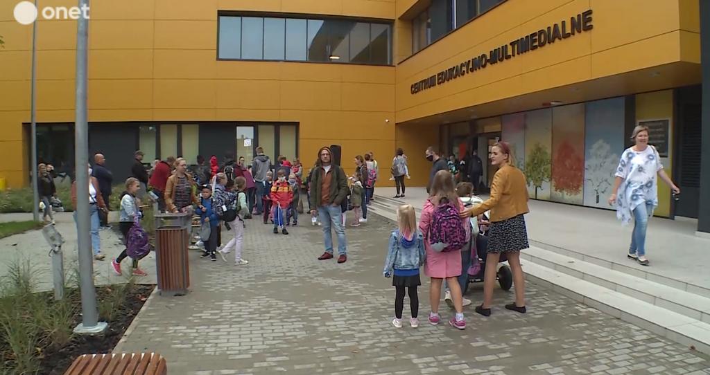 Jak wygląda pierwszy dzień szkoły w czasach koronawirusa?