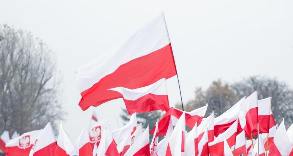Flagi biało-czerwone, flaga Polski