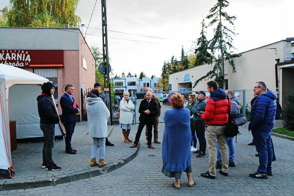 Spotkanie z mieszkańcami na temat Strefy Płatnego Parkowania. Foto Marcin Borkowski.
